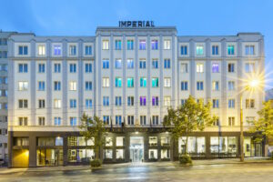 🇨🇿 Liberec, Grand hotel Imperial, Art Deco and Laurens Chrome radiators